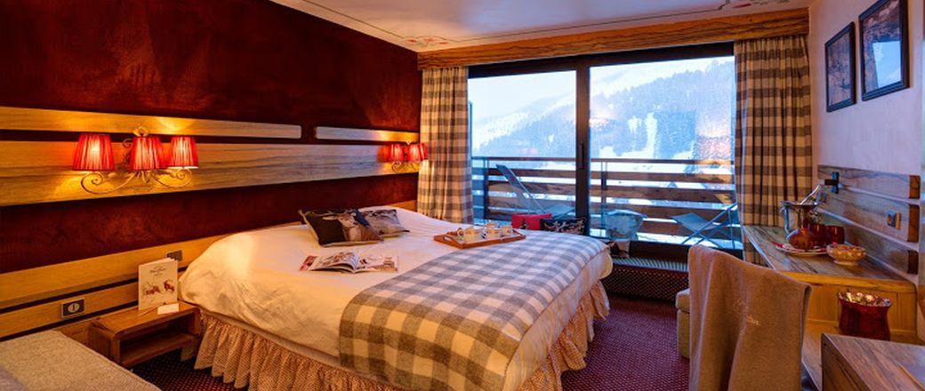 Hotel Alpen Ruitor  33  0  975 170 836 Hotel M U00e9ribel