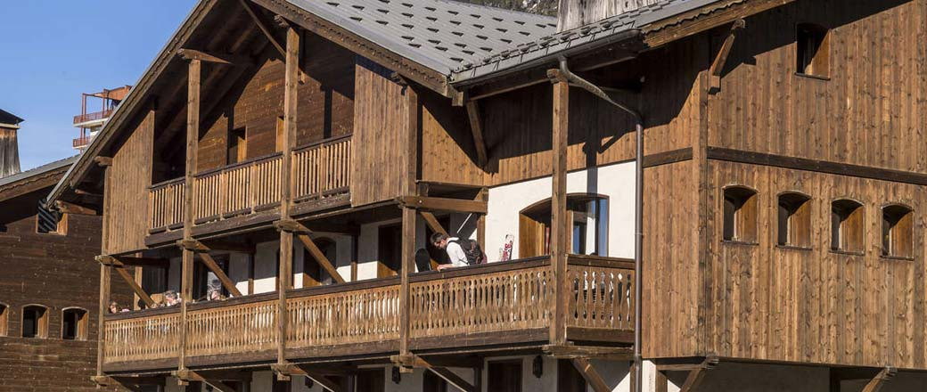 Apartment Les Chalets de la Mouria 4 Bedrooms 8 People