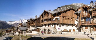 Apartment Les Chalets de la Mouria 6 Bedrooms 12 People